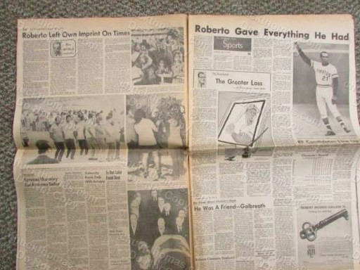 Clemente Death is Mourned ORIGINAL Pittsburgh 1973 Newspaper