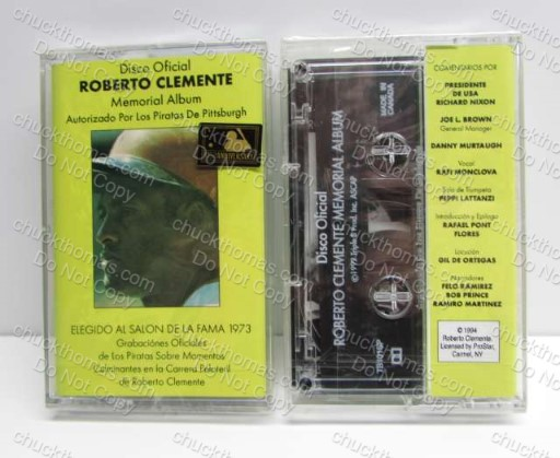 Roberto Clemente NEW Spanish Auto Tape Memorial Album