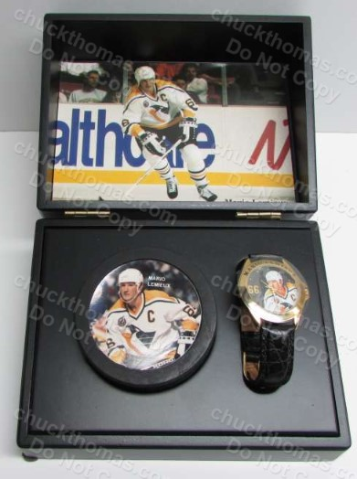 Mario Lemieux Photo Puck and Fossil Watch Boxed Gift Set