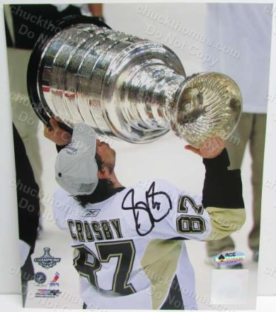 Sidney Crosby Signed 8x10 Stanley Cup Photo with an ACE Certficate
