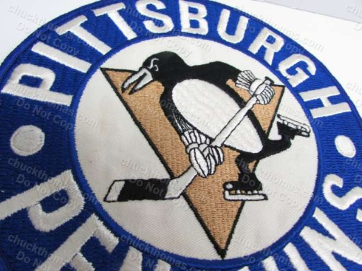 Penguin 1980s 8 Inch Jersey Crest